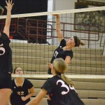 Volleyball: Huskies Host Triangular [STATS] [PHOTOS]