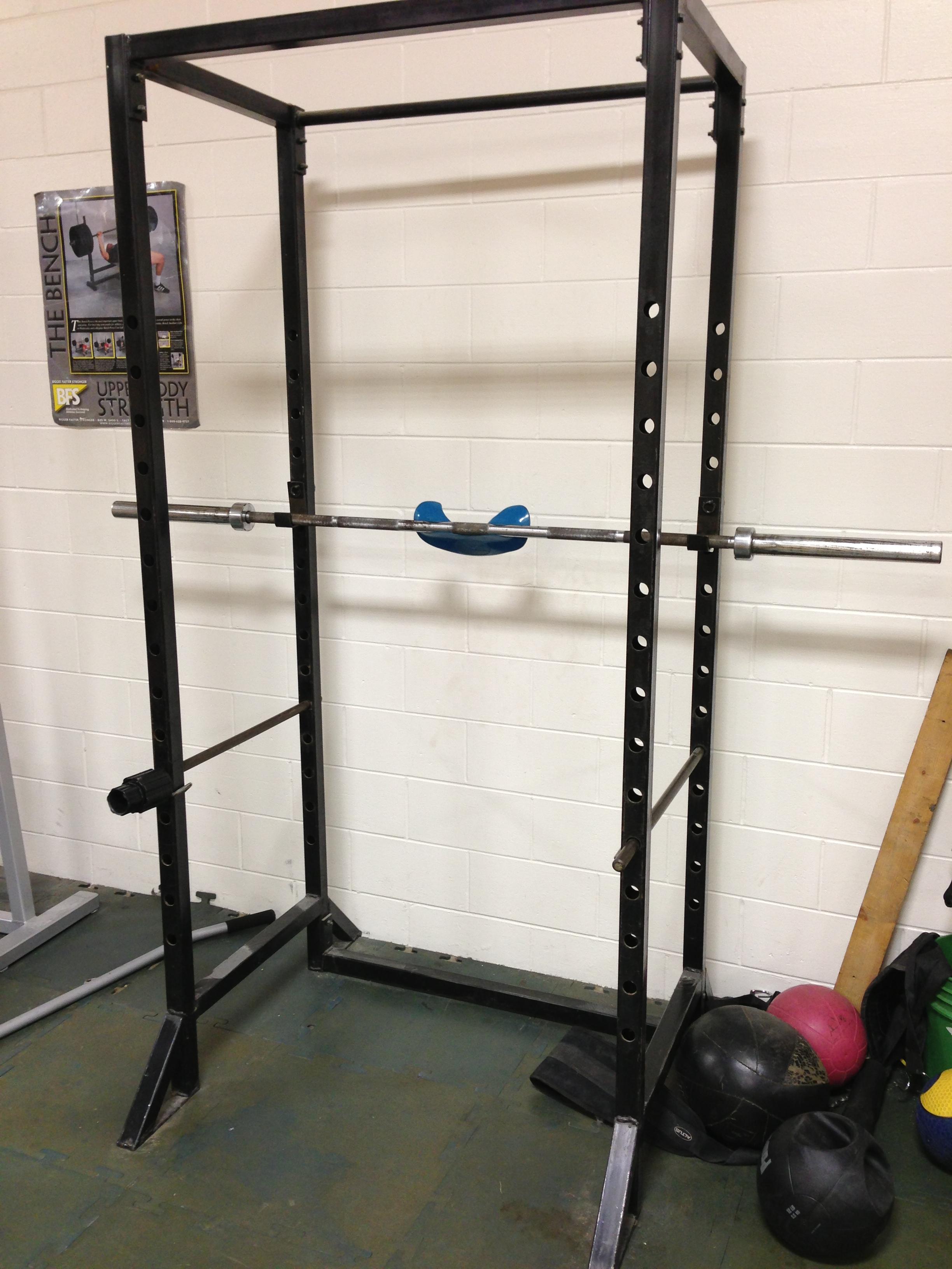 machine weight lifting